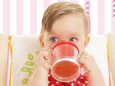 夏天给宝宝降温的方法有哪些?